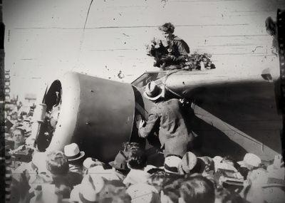 อเมเลีย เอียร์ฮาร์ต (Amelia Mary Earhart)