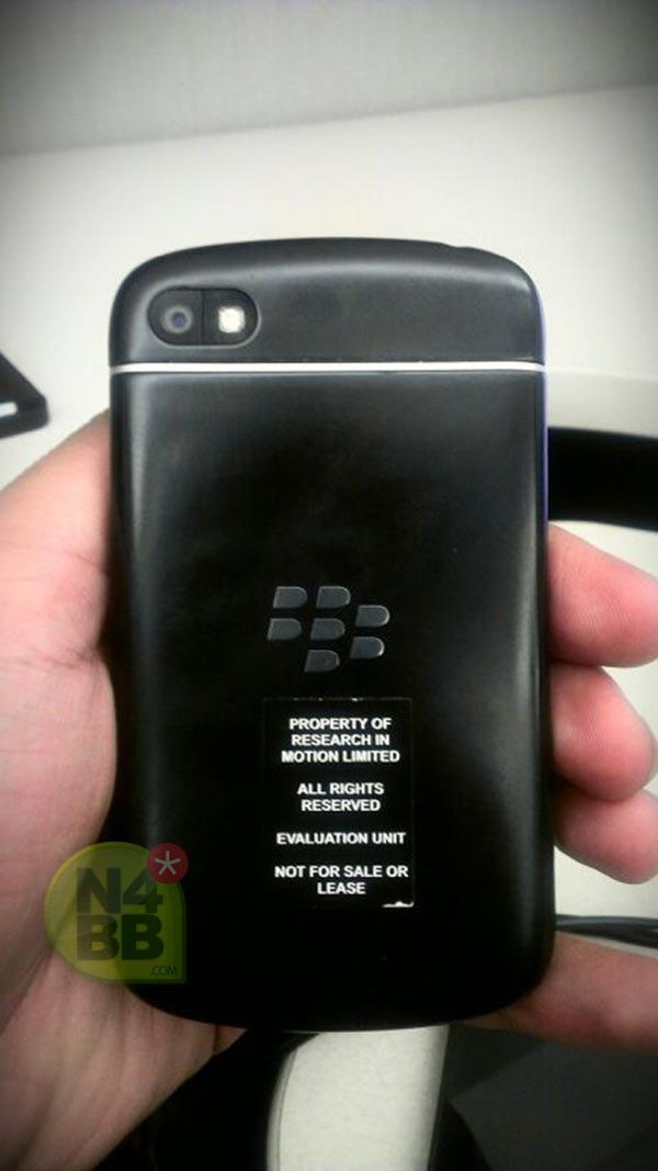 ภาพหลุด BlackBerry X10 (N-Series) ใช้ BB10